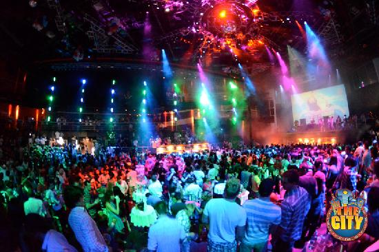 cancun spring break clubs